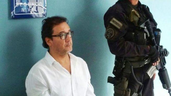 """Fiscalía vincula al exfiscal Luis Martínez en el caso del """"Padre Toño"""""""