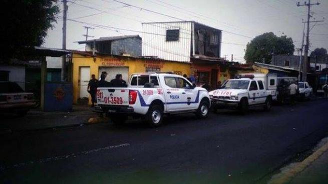 Hurtan dos fusiles que se encontraban al interior de una patrulla de la PNC en Chalatenango