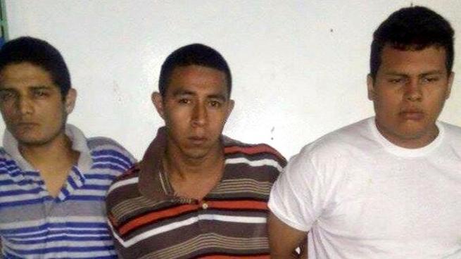 Capturan a 3 sujetos acusados de perpetrar un doble homicidio en Bulevar Sur, Santa Tecla