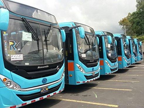 El VMT presentó 32 nuevas unidades para transporte público