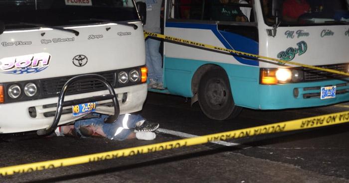 Motorista de Ruta 38-A arrolla y mata a motociclista en carretera Troncal del Norte