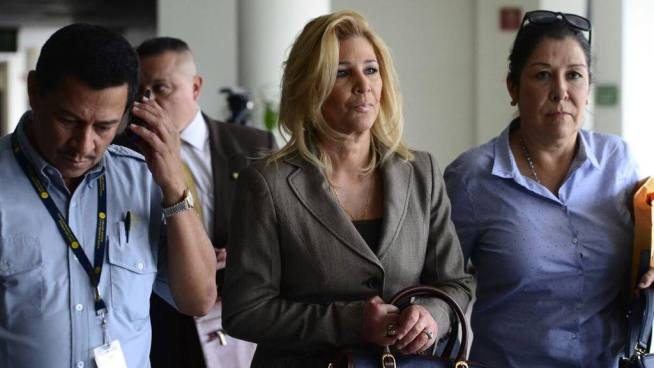 Ana Ligia de Saca recibió el alta y continuará con su tratamiento en casa