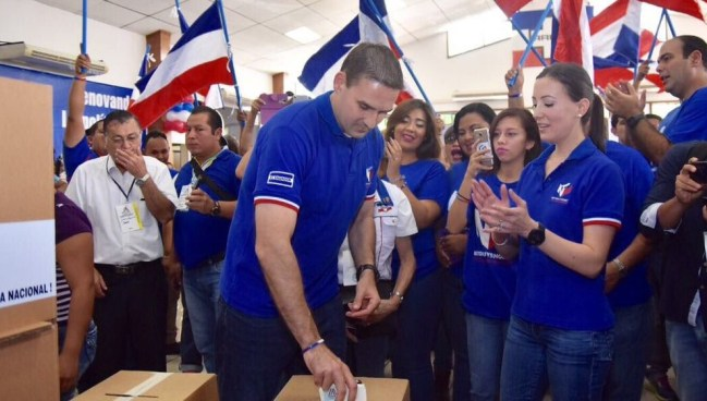 Muyshondt gana elecciones internas y afirma que ARENA recuperara la alcaldía de San Salvador