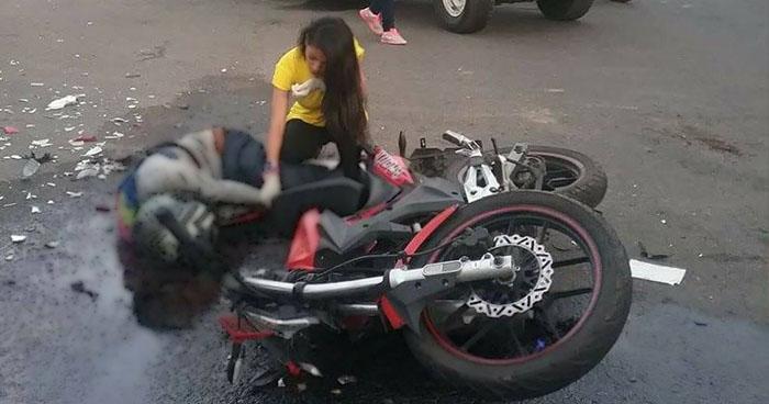 Motociclista pierde la vida en un accidente de tránsito sobre la carretera a Santa Ana