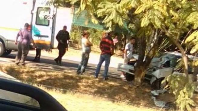 Una mujer pierde la vida tras ser atropellada en carretera de Oro