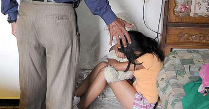 Sonsonate: Condenan a anciano que abusó de niña, engañándola con darle monedas