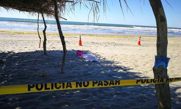Encuentran el cadáver de un hombre ahogado en playa El Cuco