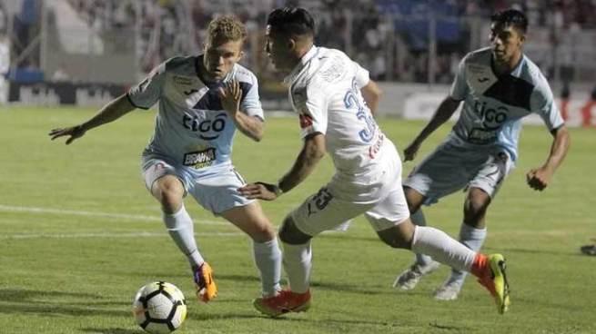 Alianza queda eliminado de la Liga Concacaf en el último minuto contra Olimpia