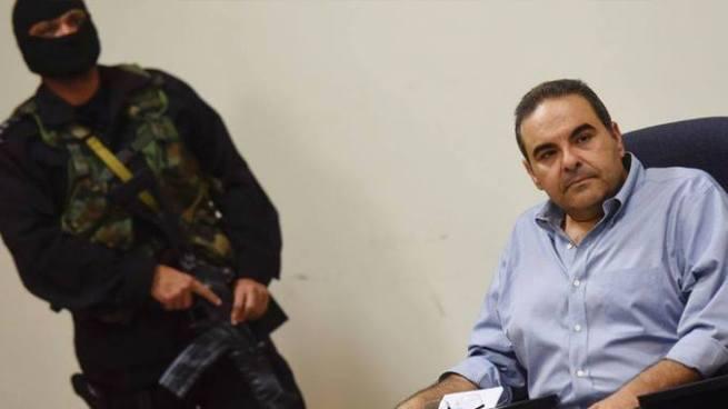 Juzgado rechaza la petición de liberar cuenta del expresidente Antonio Saca