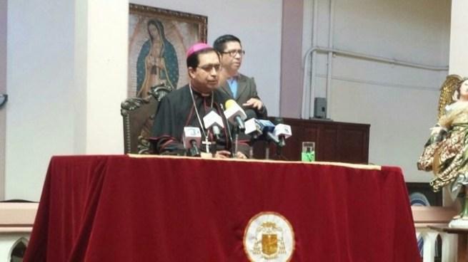 """Arzobispo Escobar Alas: """"Es absurdo celebrar que ahora hay menos muertes"""""""