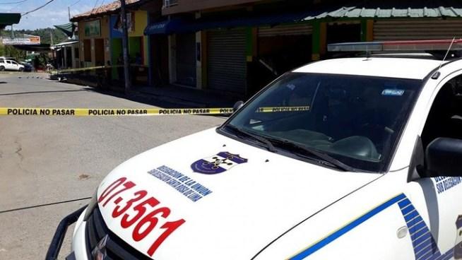 Matan a un vendedor de frutas y verduras cerca del Mercado Municipal de Santa Rosa de Lima