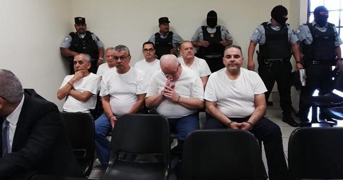 Tribunal rechaza agregar testigos al caso del expresidente Saca