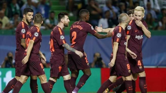 El Barça gana con un autogol del Sporting
