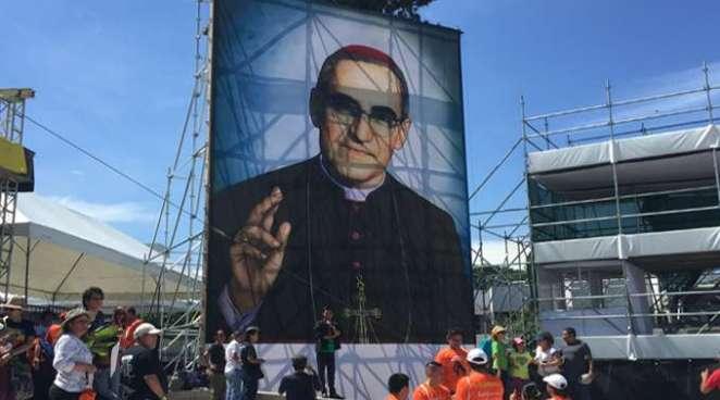 Diputados analizarán declarar asueto nacional 15 de Agosto por Beato Monseñor Romero