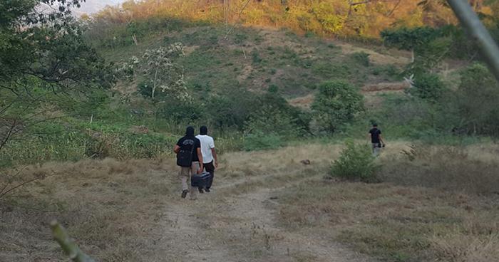 Autoridades ubican en Usulután el cadáver putrefacto de una persona