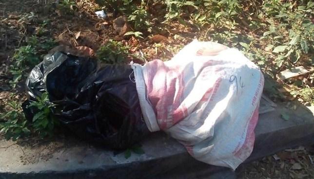 Localizan el cadáver de una persona envuelto en bolsas sobre la autopista a Comalapa