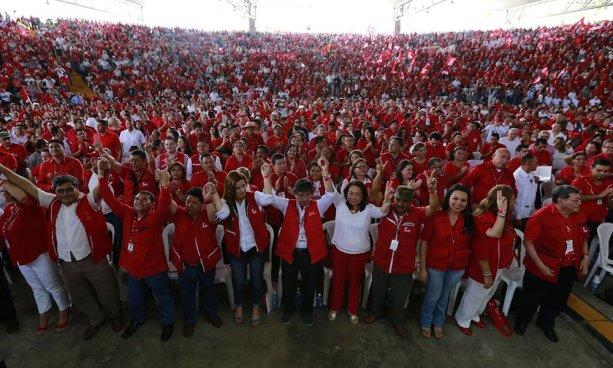 FMLN define a sus candidatos a diputados para las elecciones de 2018