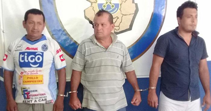 Policía captura en Morazán a tres sujetos acusados por diversos delitos