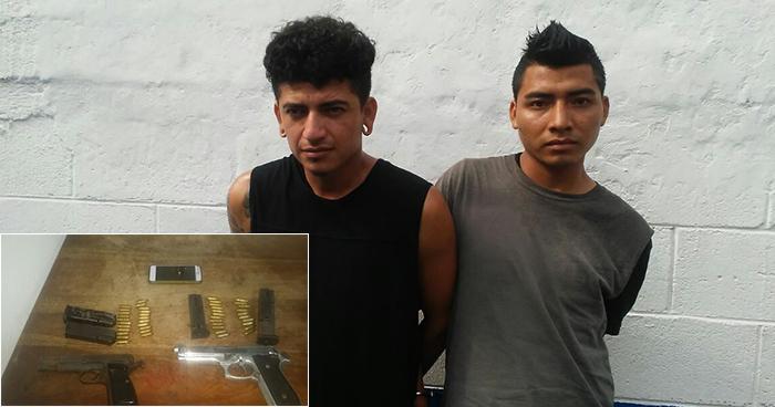 Sorprenden a sujetos que asaltando en una parada de buses en Santa Cruz Michapa