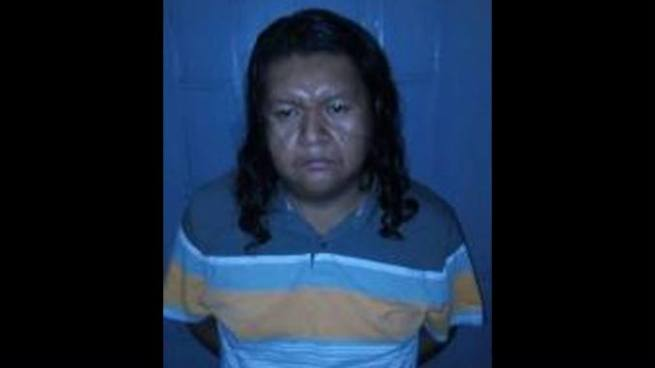 """Capturan a """"Toby Sapo"""", pandillero acusado del asesinato de otro marero"""
