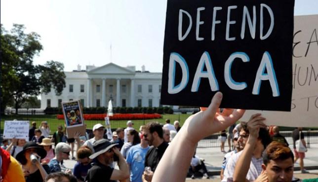 Trump propone legalizar a casi dos millones de 'Dreamers' a cambio de reforzar el muro fronterizo