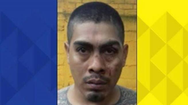 """""""El Cejas"""", peligroso pandillero capturado que figuraba en la lista de los 100 Más Buscados"""