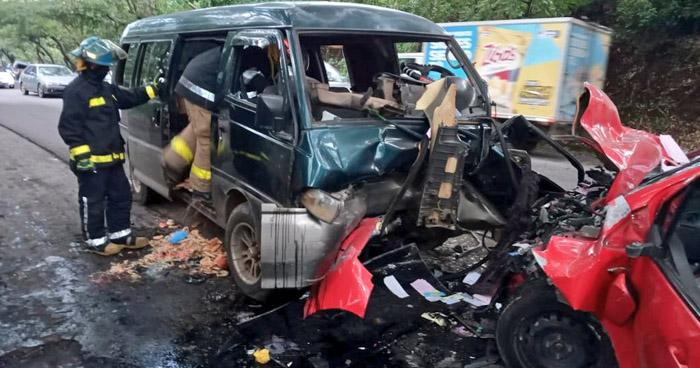 Al menos 4 lesionados tras aparatoso choque en Moncagua, San Miguel