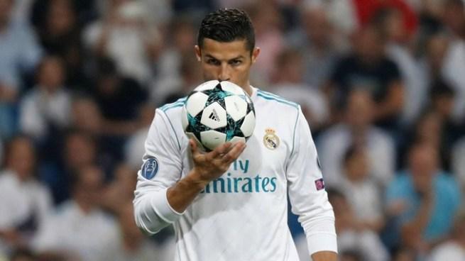 Real Madrid golea al Apoel con doblete de Cristiano
