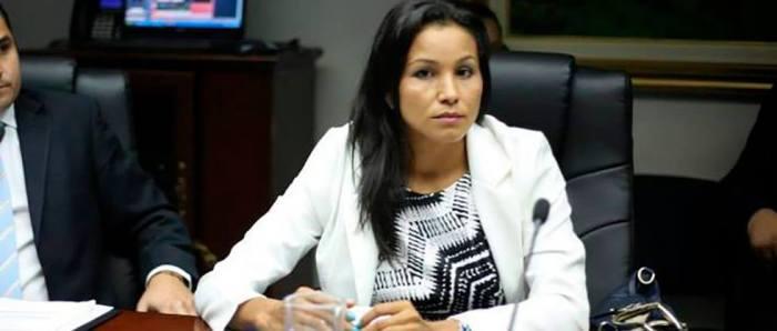"""Dip. Cristina López: """"Temo por mi vida y la de mi Familia"""""""