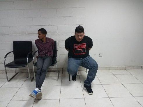 Capturan a dos sujetos que trasportaban droga en La Unión