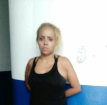 Capturan a mujer que portaba droga en San Salvador