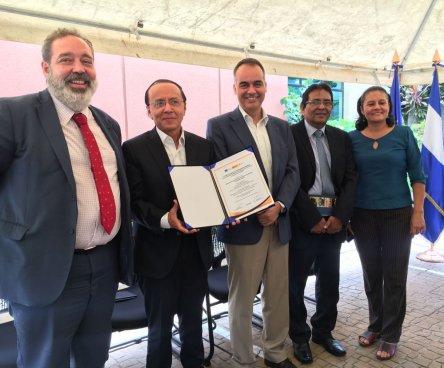"""Unión Europea invirtió $5.3 millones en el """"Programa de Caminos Rurales Progresivos"""""""