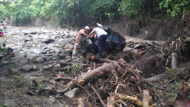 Fuertes lluvias causan estragos en Chalatenango