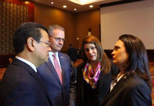 El Salvador, Costa Rica y República Dominicana firmaran acuerdos migratorios con Panamá