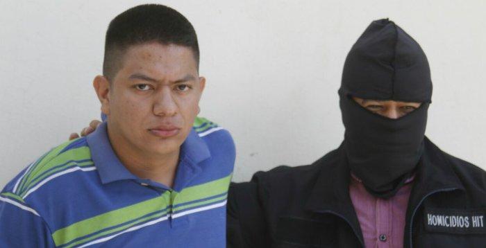 """PNC detiene a """"La Bestia"""" pandillero vinculado al homicidio de un agente policial en Apopa"""