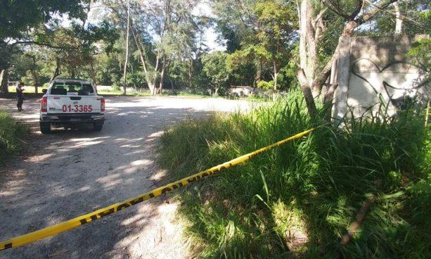 Lanzan el cadáver de un hombre cerca de un centro recreativo de la PNC en Mejicanos