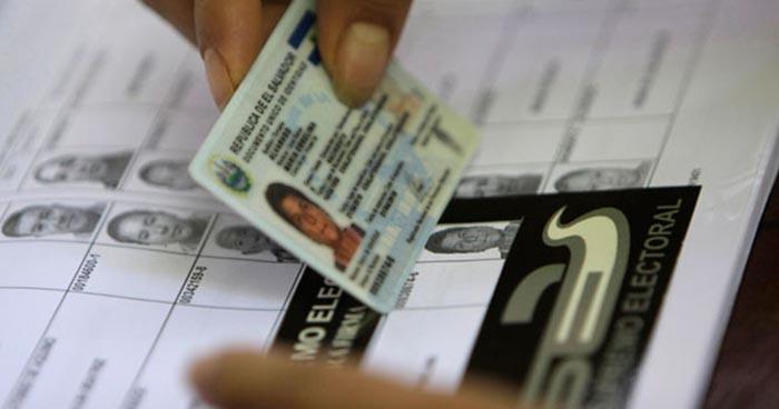 Diputados acuerdan que personas con DUI vencido puedan votar en elecciones de 2019
