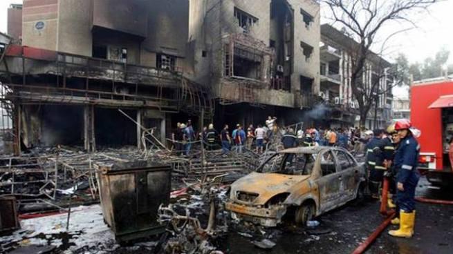Al menos tres muertos y 34 heridos en un doble atentado suicida en un restaurante de Irak