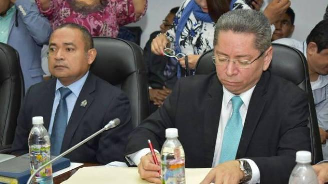 Fiscal pide al estado recuperar territorios tomados por la delincuencia