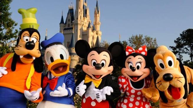 Arrestan a empleados de Disney durante operativo contra pornografía infantil