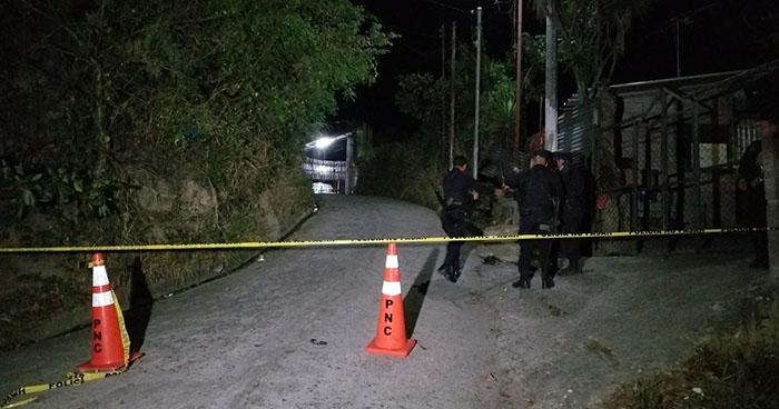 Muere sujeto que se enfrentó a tiros con policías en el cantón Ozuna de Nejapa