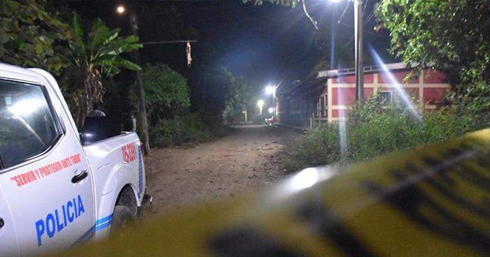 Pandillero muere al enfrentarse a policías durante una velación en Usulután