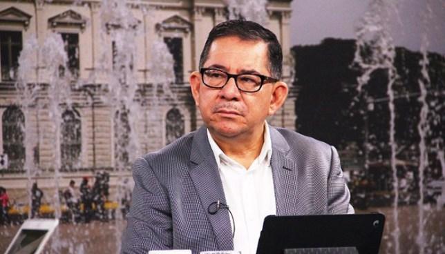 """Eugenio Chicas: """"Lo que tenemos que leer es el duro mensaje que nos da el pueblo salvadoreño y corregir los errores"""""""