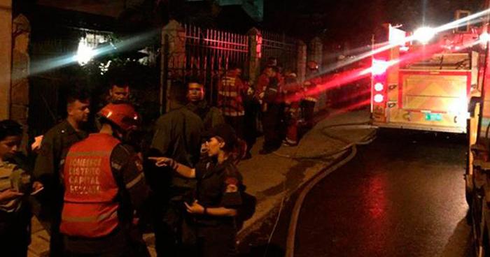 Venezuela: 17 muertos deja explosión de una bomba lacrimógena en un club social de Caracas