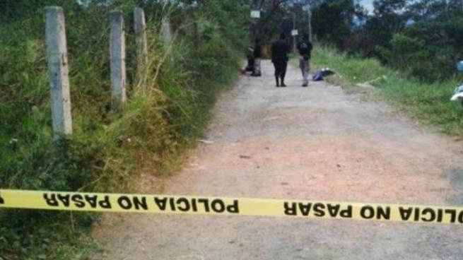 Encapuchados matan a un joven frente a su madre en una casa de Panchimalco