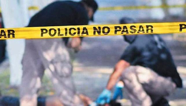 Pandillero asesinó a su expareja dentro de la casa de esta en San Luis Talpa