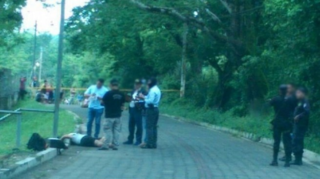Delincuentes matan a una mujer en Morazán cuando se dirigía a su trabajo
