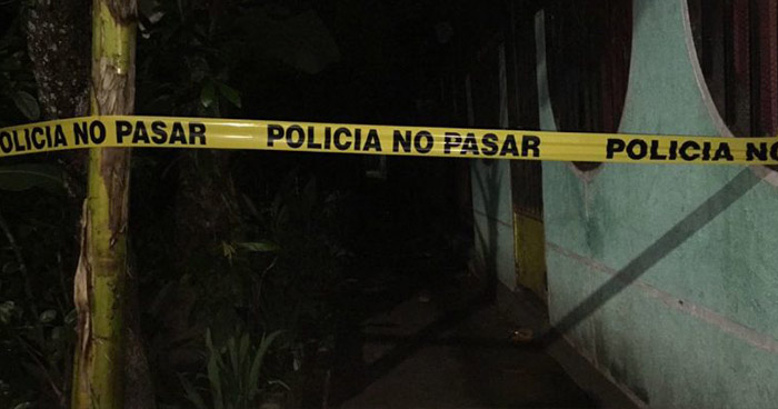 Hombre intentó suicidarse tras matar a su exesposa y herir a sus hijas en Acajutla, Sonsonate