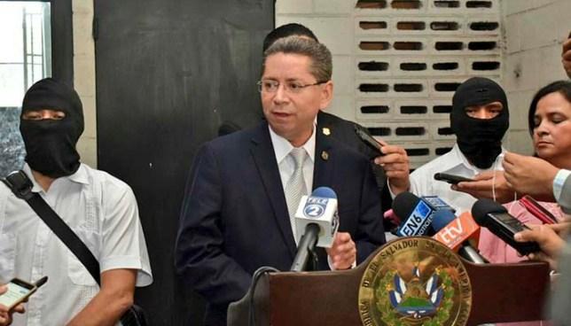 Fiscal general asegura que pruebas en el caso del expresidente Flores fueron planteadas por la anterior administración