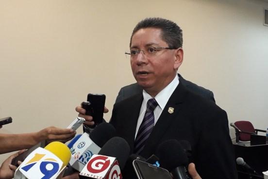 """Fiscal: """"Si hubo una tregua para las pandillas, ahorita se está dando una tregua para los corruptos"""""""